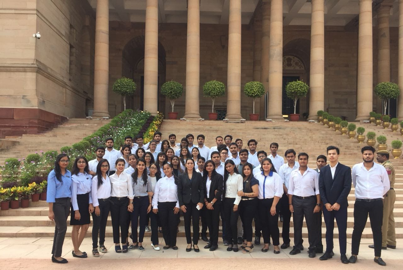 Asian Law College's Memorable Trip to the Rashtrapati Bhavan