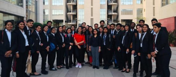 ALC students visit the prestigious National Law University, Delhi for a Special Session on 'The Kashmir Dialogues'