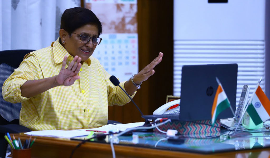 """DR. KIRAN BEDI's Live Session on """"IMPORTANCE OF DISCIPLINE & INTEGRITY IN EVERYDAY LIFE"""" for ALC B.A.LL.B. & LL.B. Students!"""